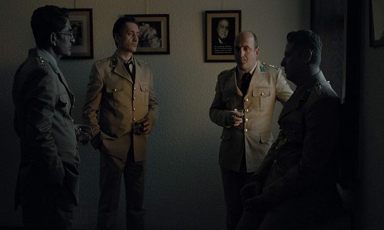 Anons filmindeki dört asker