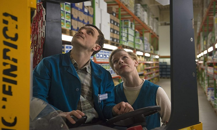 Muhtemel Aşk filminde Franz Rogowski (Christian Gruvert) ve Sandra Hüller (Marion Koch)