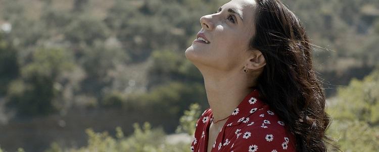 Kader Postası filminde Zeynep (Boncuk Yılmaz))